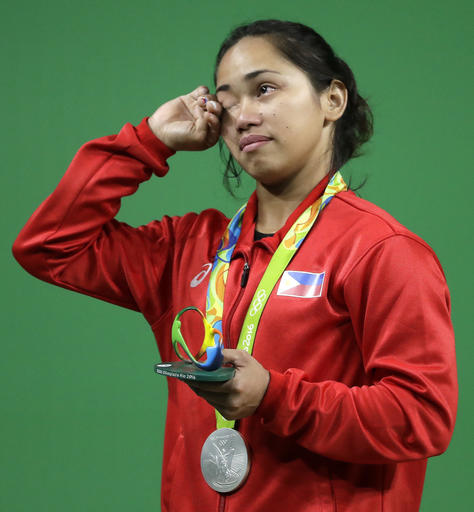 Hidilyn Diaz wins Olympic Medal
