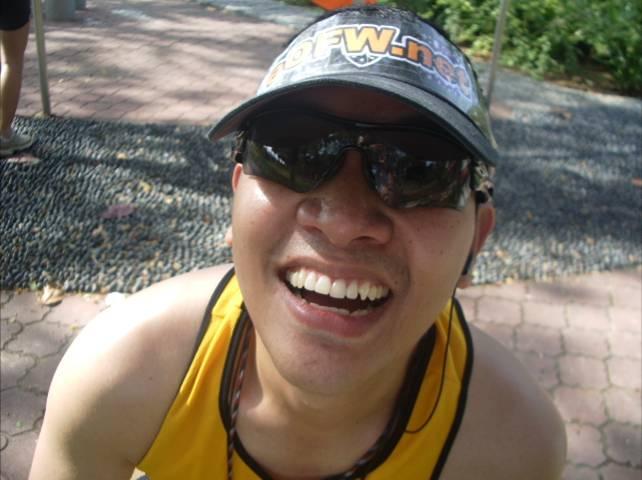 Ka Edong Singapore Marathon (Dec 2007)
