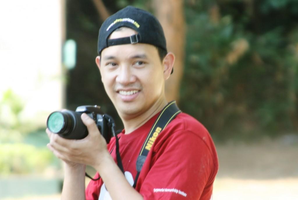 Ka Edong Photographer - capturing precious flights