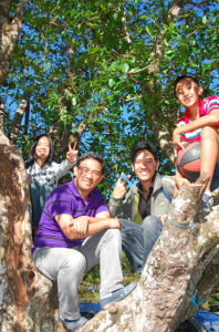 We're for trees. Cali, Kelmer, me and Andrei enjoying an alnus tree that we used to climb when we were kids. Around 20 alnus trees have been cut or earthballed at SM Baguio.